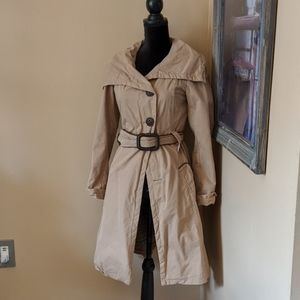 Soia & kyo tan button up trench coat small